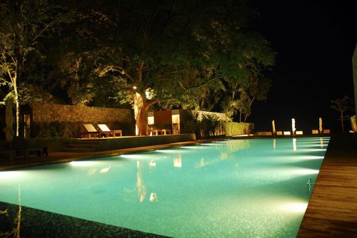 led-pool-lighting