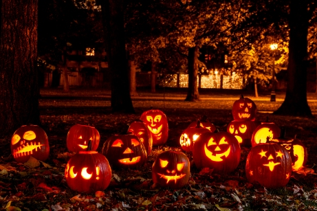 the-tradition-of-carving-and-lighting-up-pumpkins